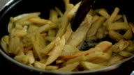Preparing French frie video