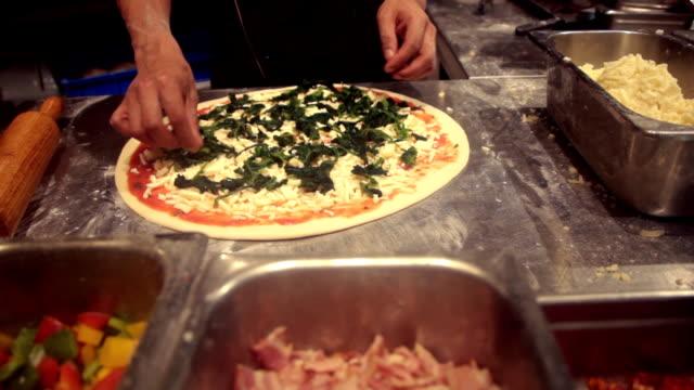 Preparing Pizza video