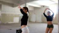 Pretty girls dancing video
