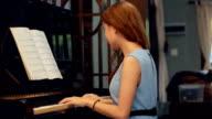 Pretty Woman composing music video