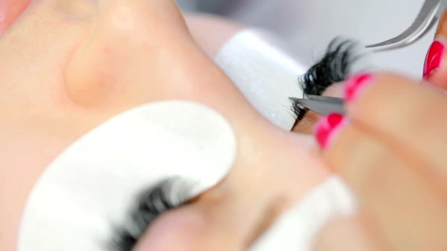 Procedure of eyelashes extension in salon video