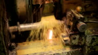 Process deep hole drilling on a lathe using a generous flow of coolant, rotating portion video