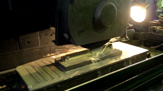Process of cutting topsheet of billet by tool on mill video