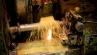 Process of deep handling of a metal workpiece by use of coolant video