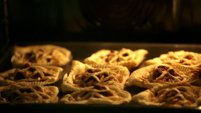 Puff Pastry Pies In oven baking tray video