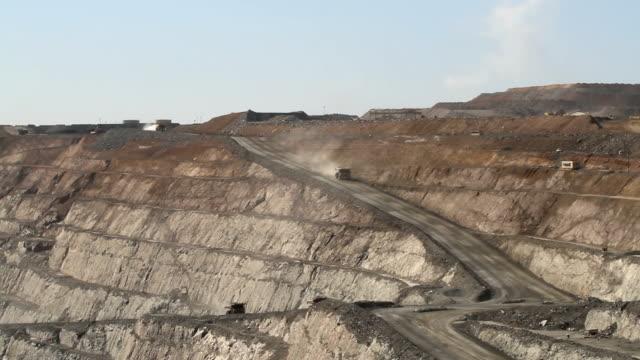 Quarry Dump Trucks video