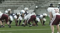 Quarterback passes up the middle video