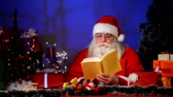 Reading Christmas story video