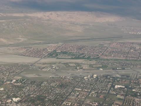 Real Estate: Desert Housing Development, Push video