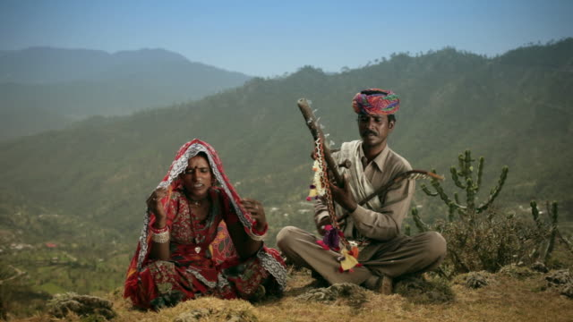 Real people from rural India: Folk singers of Rajasthan video