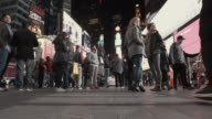 4K - Realtime Tourists in Time Square NYC video