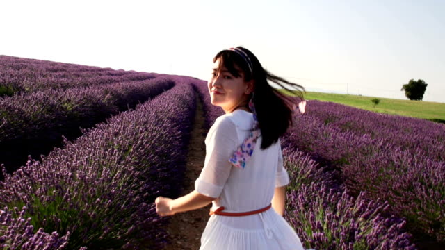 return with smile face when running in lavender field video