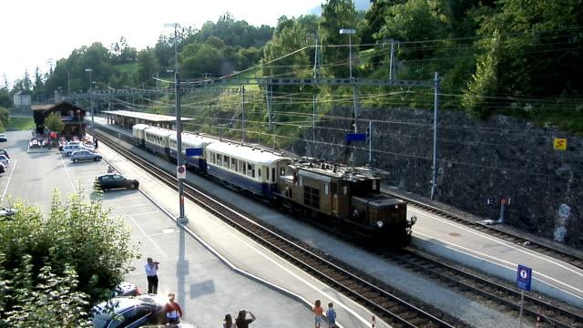 Rhaetian Railway / Rhätische Bahn video