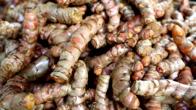 Ripe Organic Raw Turmeric video