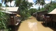 river scene video