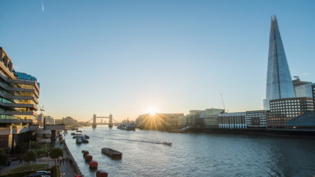 T/L River Thames, The Shard and Tower Bridge at sunrise video
