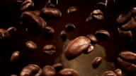 Roasting coffee beans falling video
