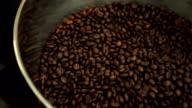 roasting coffee beans machine video
