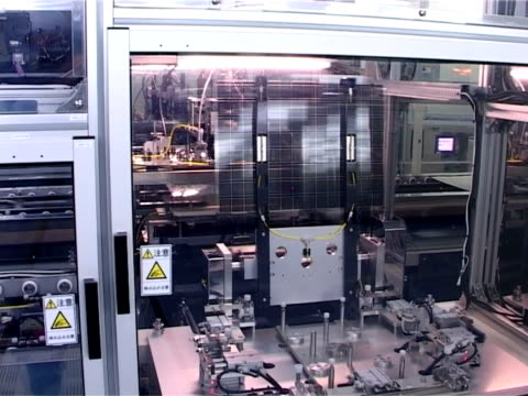 Robot arm of LCD Production video