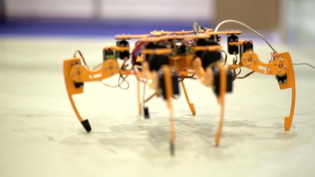Robot Spider demonstrates possibilities of modern robotics video