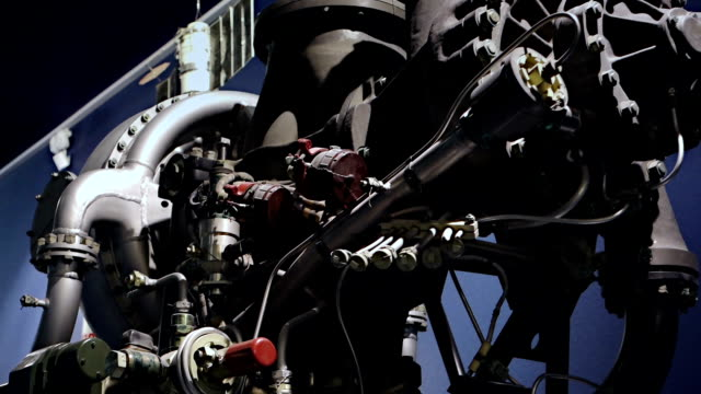 Rocket engine in details video