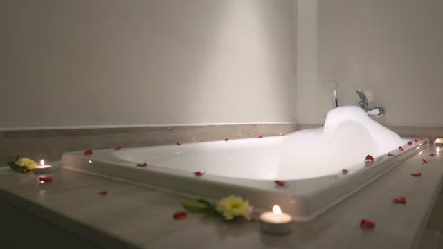 HD Romantic jacuzzi video
