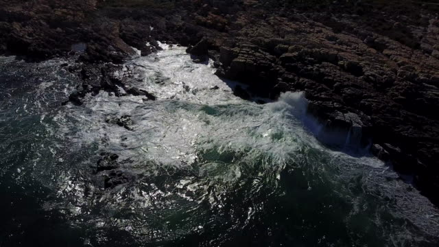 Rough seas of Southern Africa video