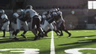 Running back goes up the middle video