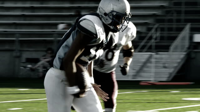 Running back sprints to the endzone video