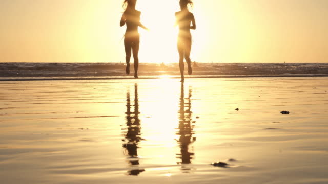 Running Beach Blond Twin Sunset California Santa Monica SantaMonicaVideo video