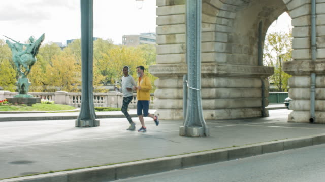 Running in Paris video