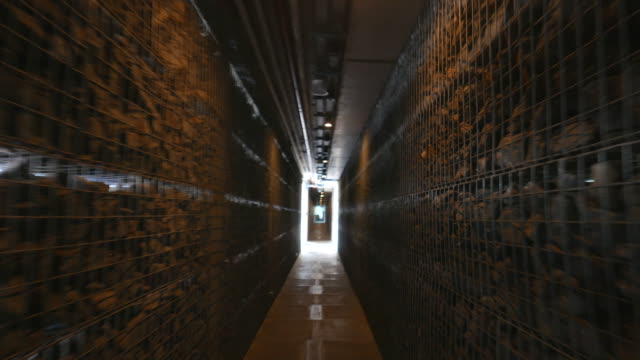Running in tunnel video