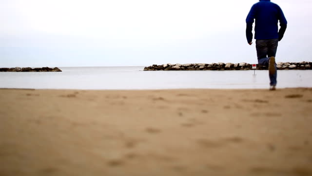Running on the beach video