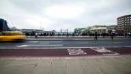 Rush Hour London Bridge, time lapse video