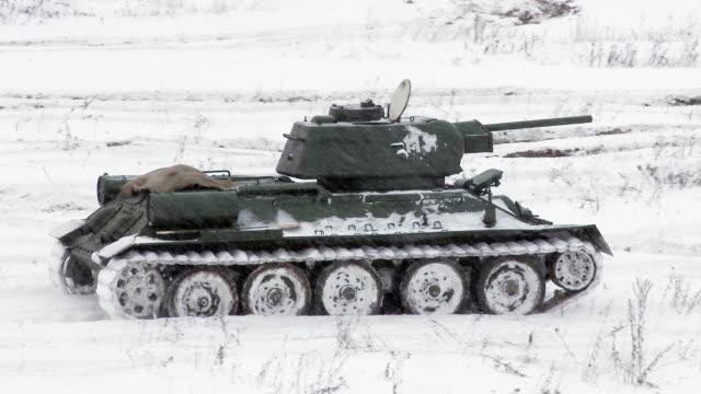 Russian Tank T34 video