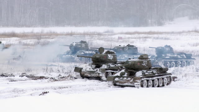 Russian Tanks T34 launched an attack against the enemy video