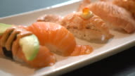 salmon nigiri video