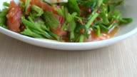 salmon spicy salad video