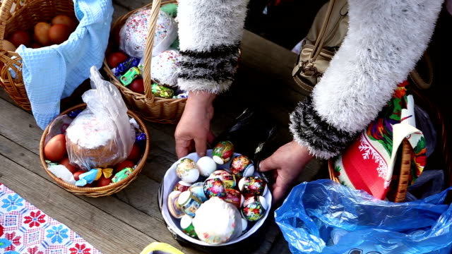 Sanctification of easter cakes and eggs video