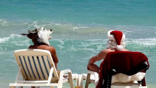 Santa Beach video