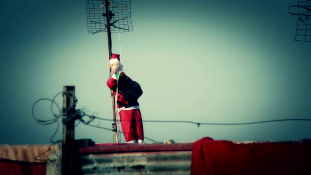 Santa Claus on the roof video