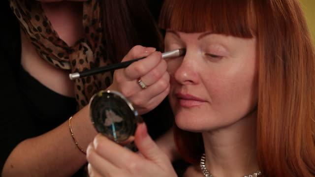 School Of Beauty. Eyeshadow video