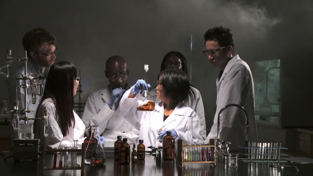 HD: Scientific Experiment video