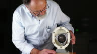 Scientist explaining a Wankel Engine video