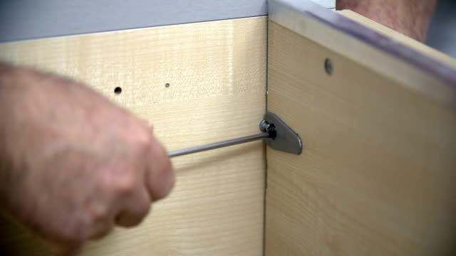 Screwing a screw video