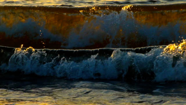 Sea wave in the sun video