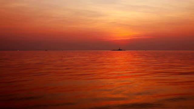 Seascape sunset video