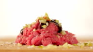 Seasoning tartar steak, tartare video