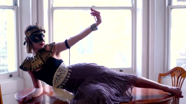 Selfie costume video