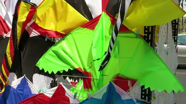 Selling kites video
